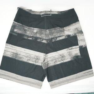"""Oakley Swim - NWT Oakley Swim Trunks Board Shorts 19"""" White 33"""